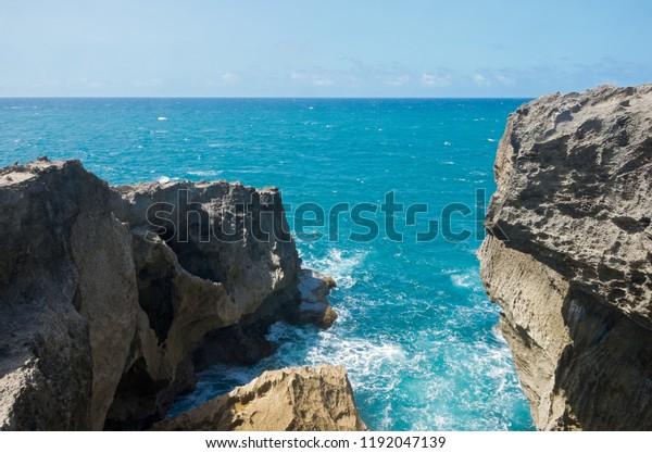punta las tunas promontory at cueva del indio along north coast of puerto rico and atlantic ocean stretching out on horizon