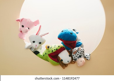 Puppet show on Circle background