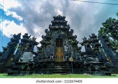 Pura Dalem Penataran Desa Adat Legian, Bali