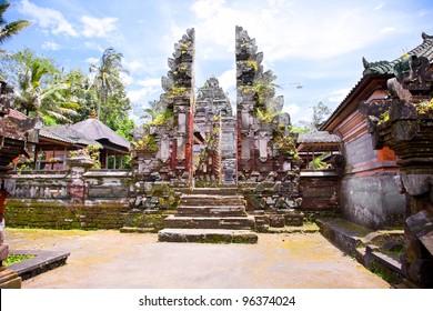 Pura Mengening, Tampaksiring, Bali, Indonesia