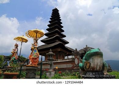 Pura Ulun Danu Bratan, Shaivite water temple, Lake Bratan, Bali, Indonesia