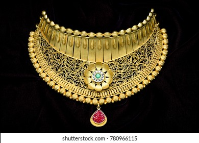 Pure 24 carat gold jewellery necklace