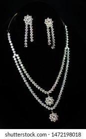 Pure silver necklace and earrings, Indian celebration jewelry se