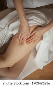 pure white real foto of sentual massage woman beautifull body