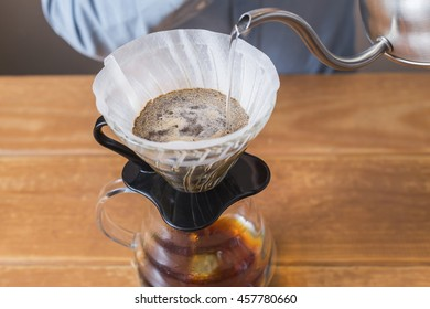 purover. v60. brewing coffee