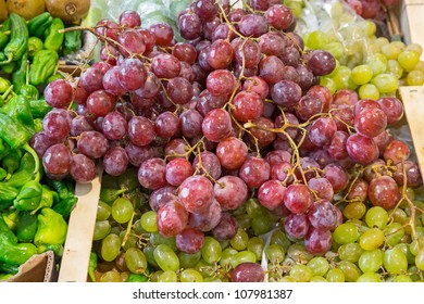 Purple Grapes bunch for sale in the market