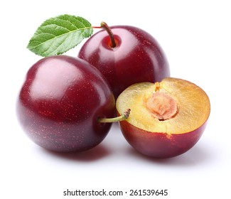 Purple plums with leaf