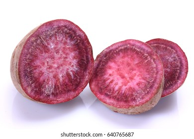 The  Purple sweet potato is on the white background