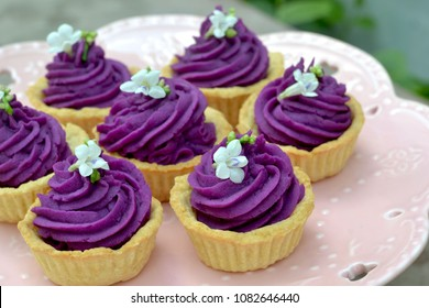 Purple sweet potato/ yam tart, selective and soft focus