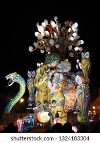 "Putignano, Apulia, Italy - 02/24/2019 Annual carnival in Putignano - Interpretation ""Kiss"" of Gustav Klimt"