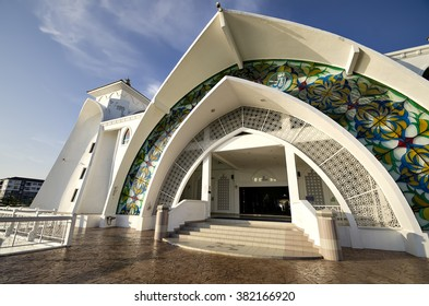 Putrajaya, Malaysia 25 Feb 2016 : The Malacca Straits Mosque is a mosque located on the man-made Malacca Island near Malacca City in Malacca state.