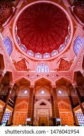 PUTRAJAYA, MALAYSIA.JULY 29 ,2019:  Interior design of The Masjid Putra or Putra Mosque at Putrajaya, Malaysia.