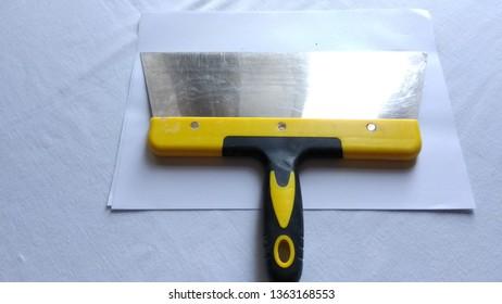 Putty knife.used putty spatula