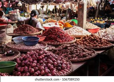 Pyin Oo Lwin (Maymyo), Shan State, Myanmar. Market scene