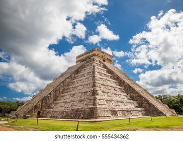 Pyramid at Chichen Itza, Mexico