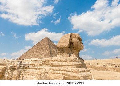 The pyramid of Khufu and the Great Sphinx of Giza with beautiful sky