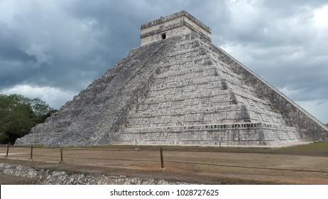 Pyramid of Kukulcan at Chich'en Itza