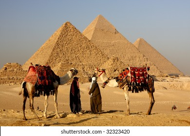 pyramid and nomads