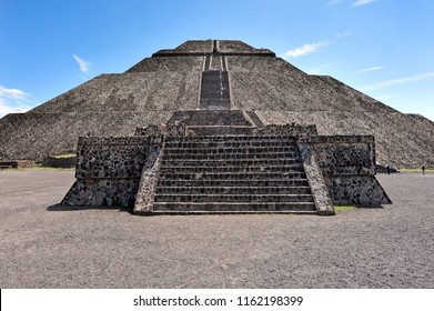 The pyramid of the Sun ancient ruins building in the Mexican archaeological complex, Teotihuacan, Mexico.