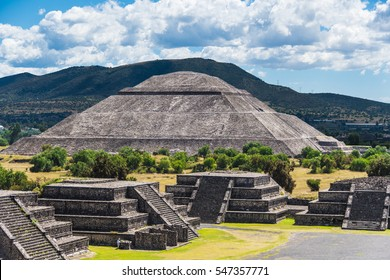 Pyramid of the Sun seen from Pyramid of the Moon on a sunny day, in Teotihuacan, near Mexico City, Mexico.