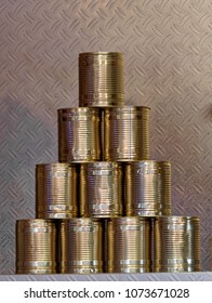 Pyramid of ten tin cans without banderole, which are put together at the fair to form a pyramid to be folded over, germany