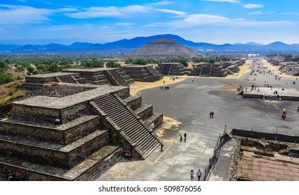 Piramidy Teotihuacan w Meksyku