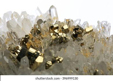 pyrite mineral crystal/pyrite mineral crystal