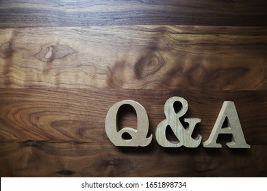 Q and A wooden blocks