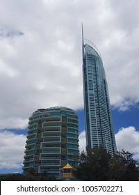 Q1 building and life guard tower. Surfers Paradise, Australia. 20th January 2018.