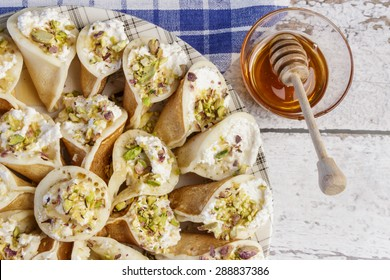 Qatayef with Qishta and Honey
