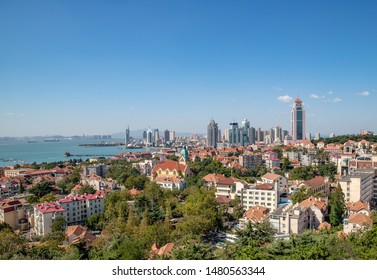 Qingdao Signal Hill Old Town Scenic Ocean Trestle