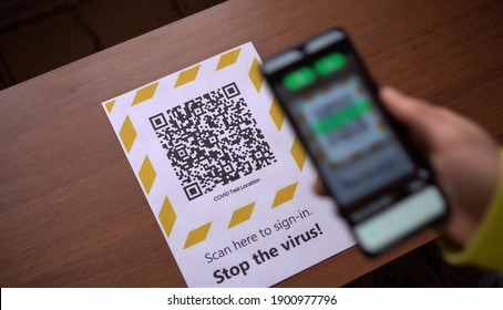 The QR code reader app during the Covid-19. Scan the QR code when entering a transport or institution, as well as in public places, crossing the state border. Travel, pass, ID card, identification
