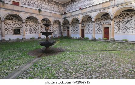 Quadrangle and fountain, Castle Doudleby, Czech Republic