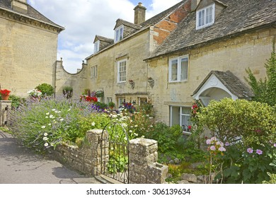 A quaint individual row of Cotswold country cottage's in the heart of the Cotswolds, Painswick, this is the location of many films, movies and TV series, Gloucestershire, United Kingdom