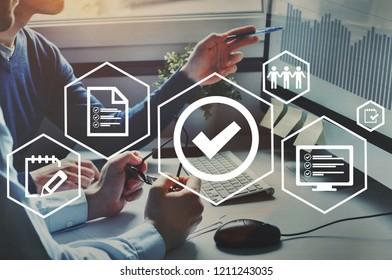 Zertifizierung der Qualitätskontrolle, geprüfte Garantie für den Standard des Firmenprodukts.