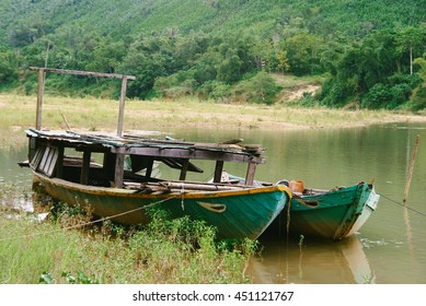 QUANG NAM PROVINCE, VIETNAM - CIRCA AUGUST 2013: Boats along Thu Bon River in Quang Nam Province, central Vietnam.