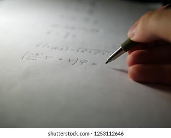 Quantum mechanics at night, starting with stationary Schrodinger equation