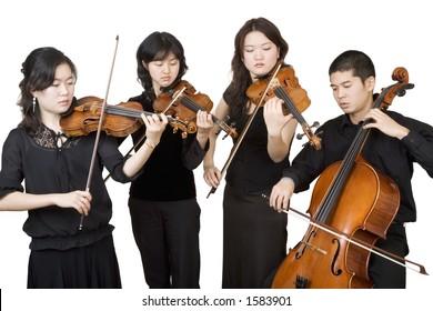 Quartet 3, performance