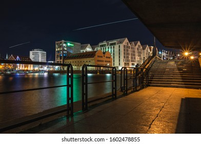 Gdańsk, the quay at night, a view of the city's monuments.
