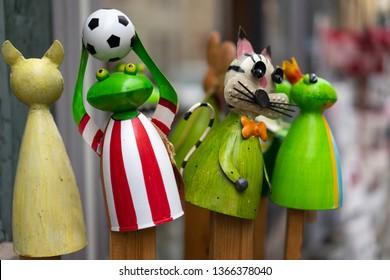 Imágenes, fotos de stock y vectores sobre Muppet | Shutterstock