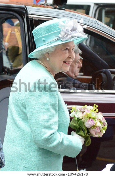 Queen Elizabeth II arrives in Nottingham during the Royal Jubilee Tour. Nottingham, UK. June 13, 2012, Nottingham, UK Picture: Catchlight Media / Featureflash