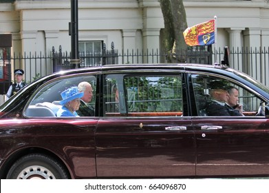 Queen Elizabeth, London, uk - 21 june 2017 ; Queen Elizabeth and Prince charles arrive for state opening of parliament. june 2017 London, UK