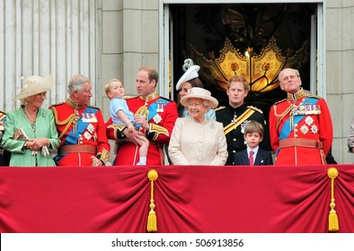 Queen Elizabeth & Prince Harry, William, Royal family, Buckingham Palace, London June 2015- Trooping the Colour, Prince Georges 1st Balcony Palace Queens Birthday, June 13, 2015 in London, England, UK