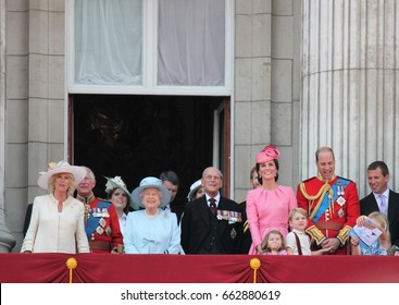 Queen Elizabeth & Royal Family, Buckingham Palace, London June 2017- Trooping the Colour Prince George William Kate & Charlotte Balcony for Queen Elizabeth's Birthday June 17, 2017 London, UK