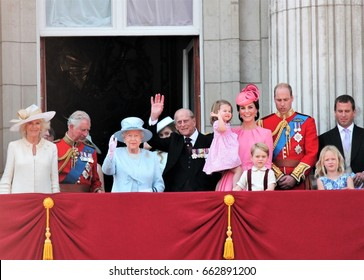Queen Elizabeth & Royal Family, London June 2017- Prince George William, Kate, Charles & Charlotte Balcony Buckingham Palace - Queen Elizabeth's Birthday, Trooping the colour June 17 2017 London, UK