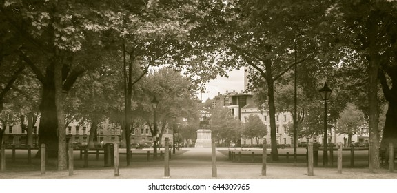 Queen Square Park Bristol England, Long Exposure Black and White Split Toning Photography
