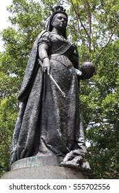 Queen Victoria bronze statue in Queen's Square Sydney