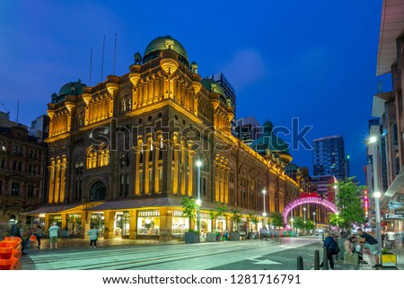 Queen Victoria Building a