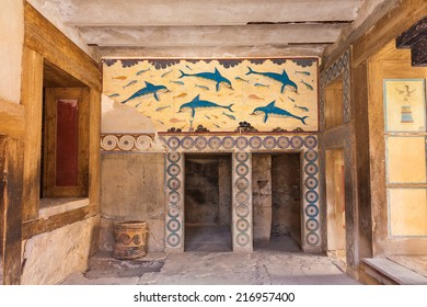 Queen's chamber  of legendary Knossos palace, Crete, Greece
