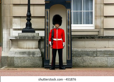 Queen's Guard - Buckingham Palace